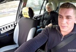 HD Czech Taxi sveze vyvinutou blondýnu
