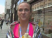 Rychlý prachy 85 veselá běžkyně Petra