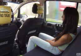 HD Czech Taxi 8 a opálená štíhlá bruneta