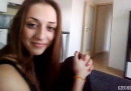 Czech spy 10 aneb šuk s mladou brunetkou