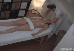Česká masáž 132 a nedočkavá bruneta to chce