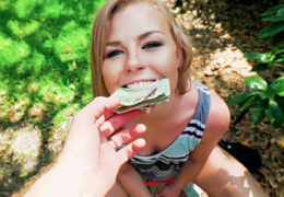 Public Pickups a nestydatě nadržená Nicole Clitman