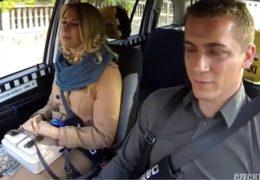 HD Czech Taxi 19 aneb ruská kočka prožije vášnivý sex