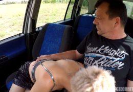 Czech Bitch 59 ane vyzralá blondýna se nechá zmrdat do zadku