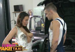FemaleFakeTaxi aneb sex v garáži s nespokojenou mladou kočkou