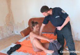 Czech Gypsies 1 aneb oprcání sexy cikánky měštákem ve squatu