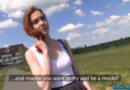 HD PublicAgent aneb zrzavá studentka ze zahraničí jde za eura