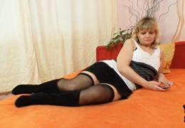 Paní Filipa a její sexuální sólo hrátky s kundičkou