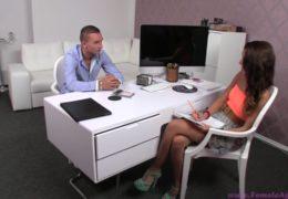 Female Agent aneb mladý začínající raper u Giny Devine