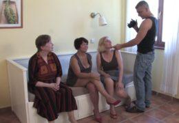 Českej chlápek pígluje tři nadržený mature