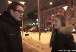 Mladí rusové se seznámí na ulici