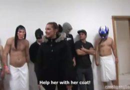 Českej gangbang aneb banda nadrženců hledá holku na párty