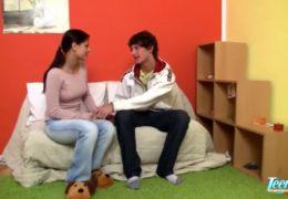 Mladá český pár to poprvé zkouší dělat před kamerou