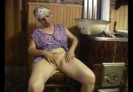 Babička chytla doslova druhou mízu