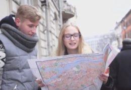 Místo hledání na mapách si spolu nezávazně užili